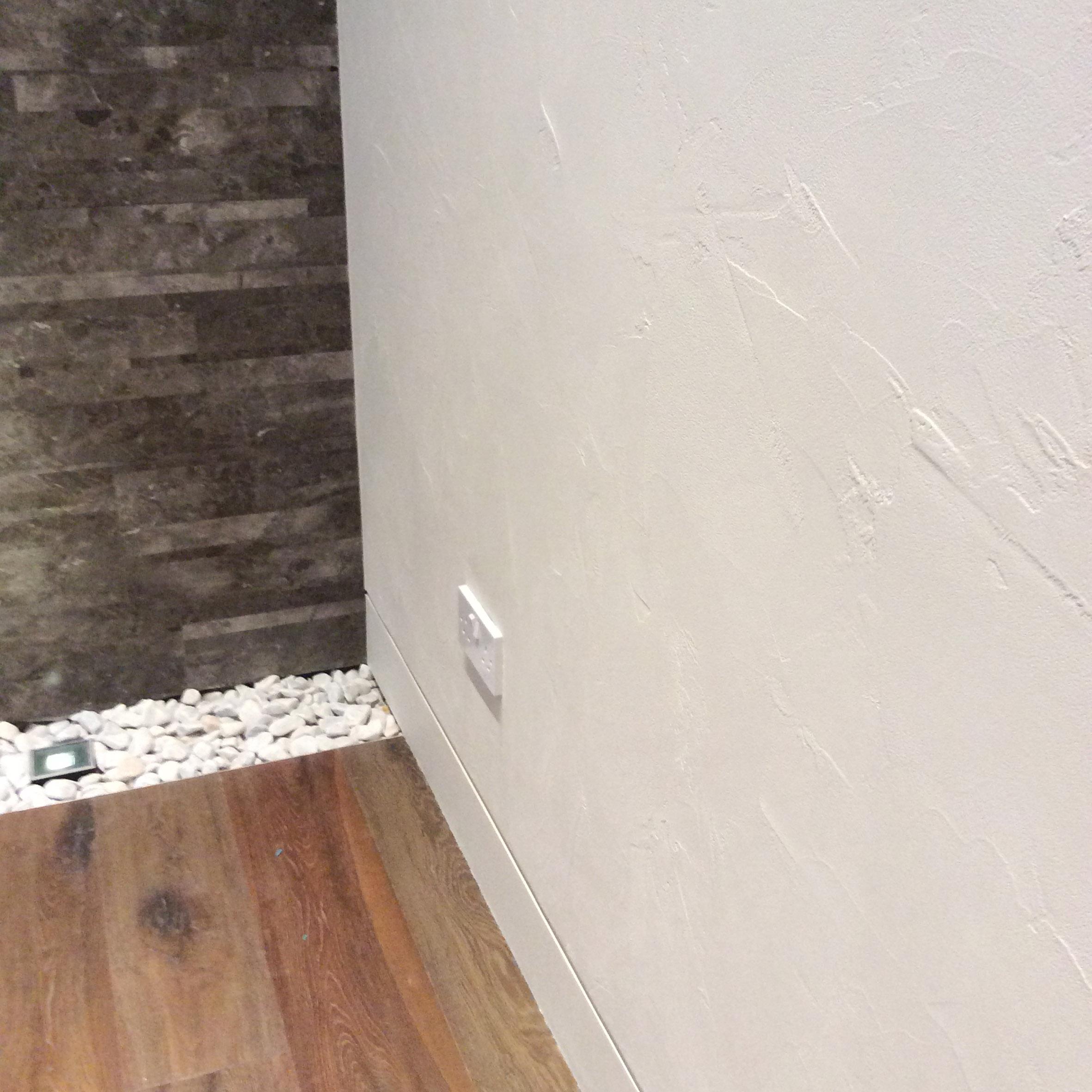Dettaglio parete resina spatolata